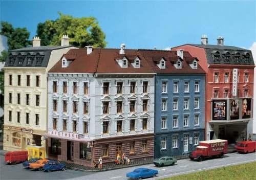 Faller 232262 Eckhaus mit Nebengebäude
