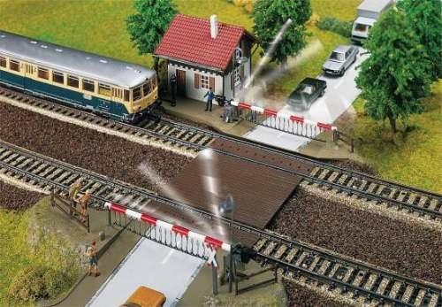 Faller 120174 Bahnübergang mit Schrankenwär