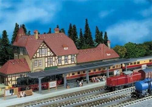 Faller 222125 Bahnsteig