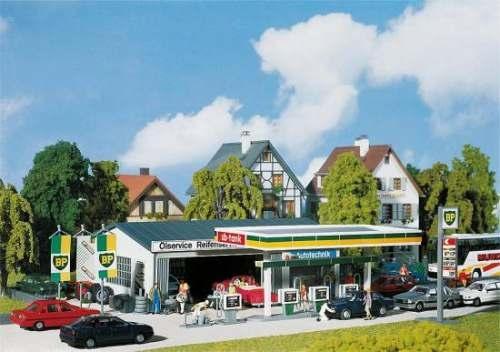 Faller 130345 Tankstelle mit Servicegebäude