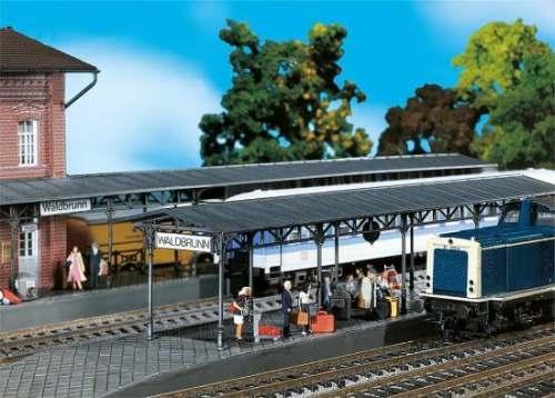 Faller 120204 2 Bahnsteige