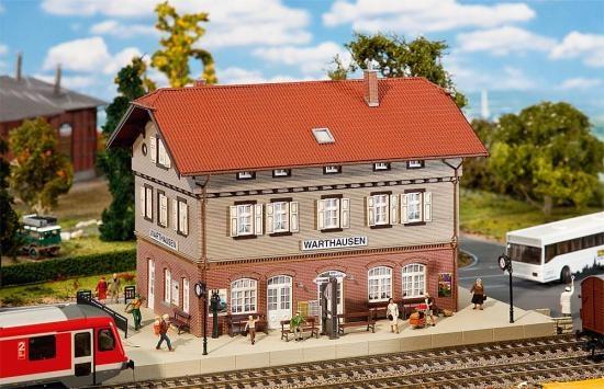 Faller 110123 Bahnhof Warthausen
