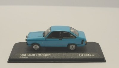 Minichamps 400084472 FORD ESCORT 1600 SPORT 197
