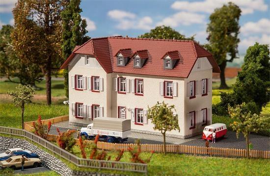 Faller 232216 Zweistöckiges Winkelhaus