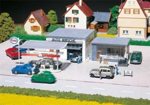Faller 130296 Tankstelle mit Waschhalle