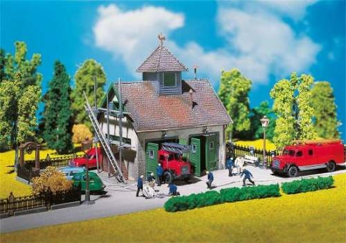Faller 130268 Ländliches Feuerwehrhaus