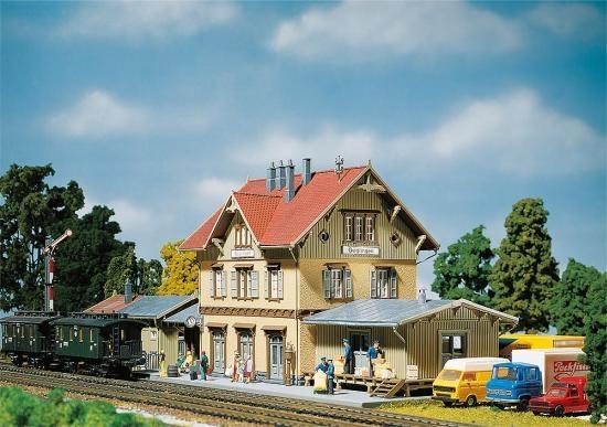 Faller 110107 Bahnhof Güglingen