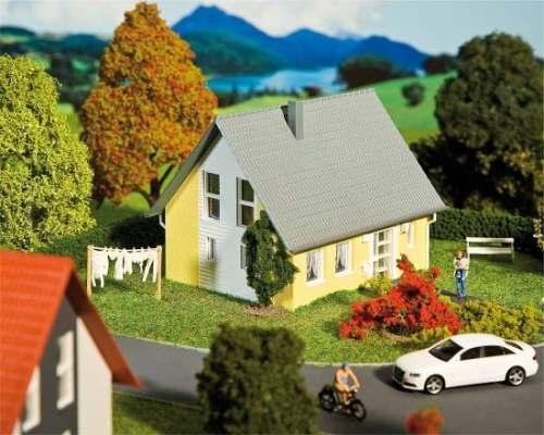 Faller 232322 Einfamilienhaus (gelb)
