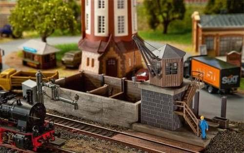 Faller 120128 Kleines Bahnbetriebswerk