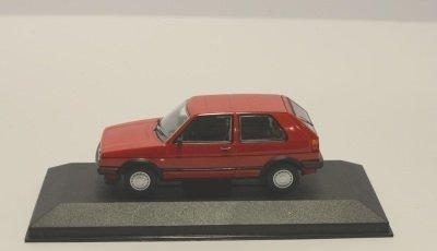 Minichamps 400085000 FORD ESCORT 3-DOOR 1981 RED