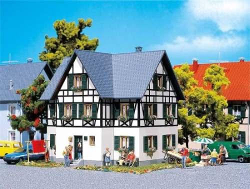 Faller 130259 Zweifamilienhaus mit Fachwerk