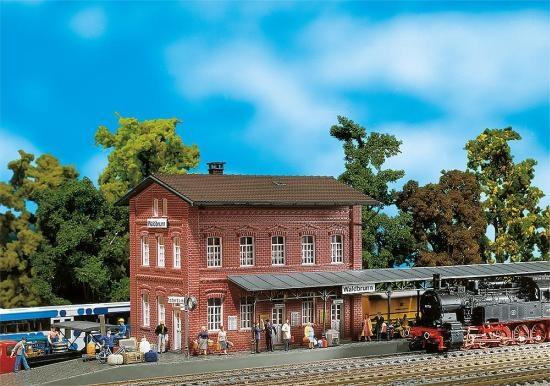 Faller 110099 Bahnhof Waldbrunn
