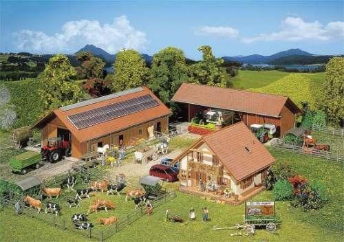 Faller 130520 Landwirtschaftlicher Betrieb