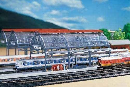 Faller 222128 Bahnhofshalle